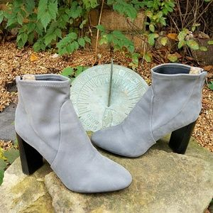 Banana Republic Ankle Boots Booties size 7M